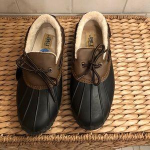 JBU brand new slip on rain/snow ankle boots